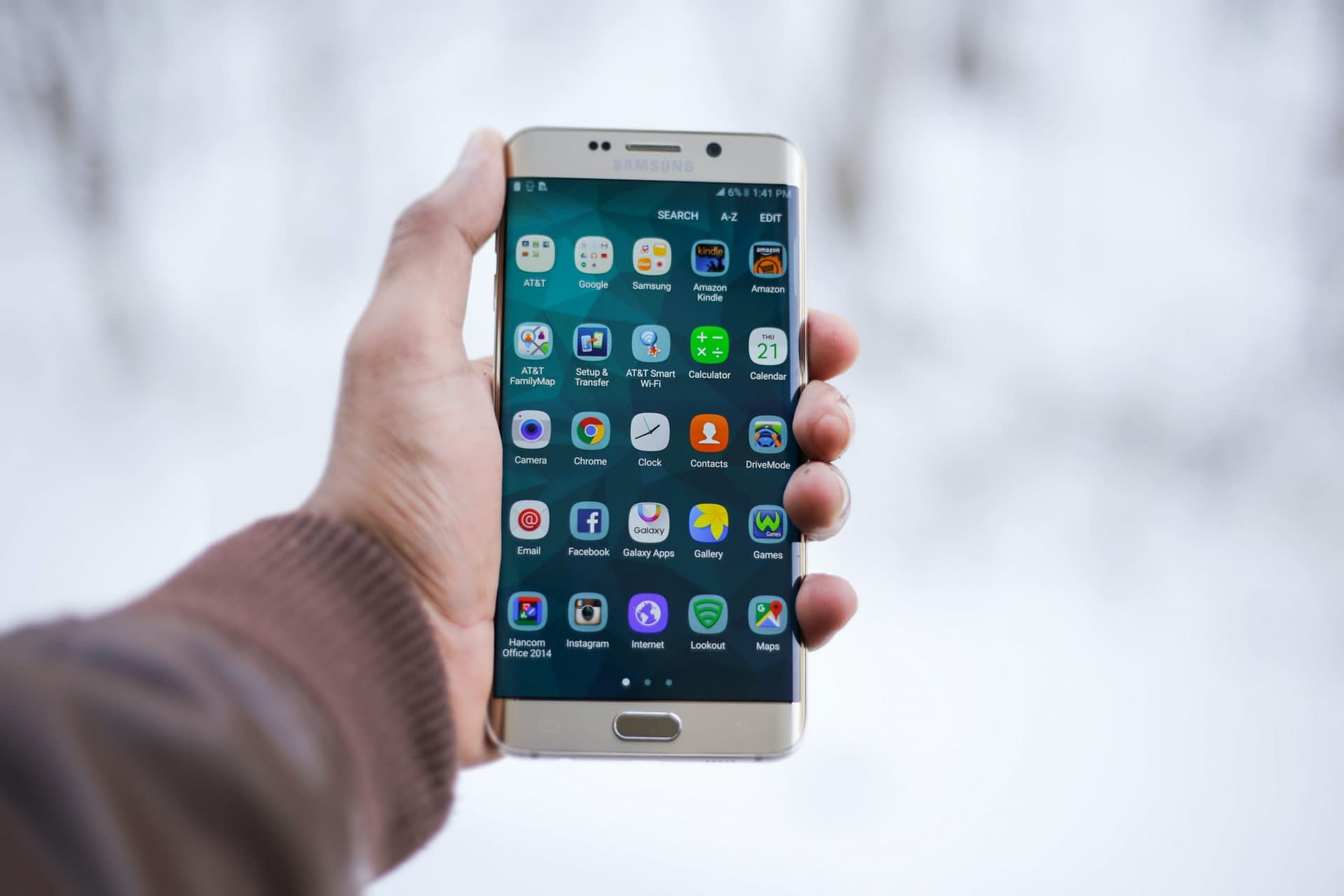 What Is a Softphone App: Everything You Need to Know and More